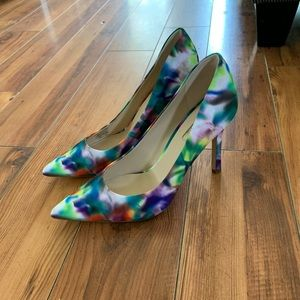 NEW Guess Eloy Pumps Size 8